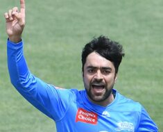 BBL 2020: Rashid Khan's Stunning Catch in Leaves Fans Amazed