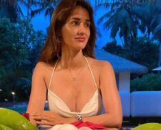 Disha Patani oozes oomph in latest pictures from beach vacation. Seen yet?
