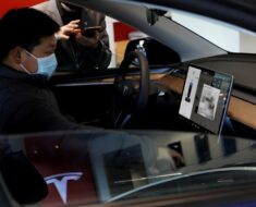 Tesla Hunts for Design Chief to Create Electric Cars for China