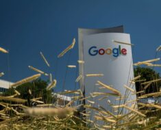 Google Said to Explore Alternative to Apple's New Anti-Tracking Feature