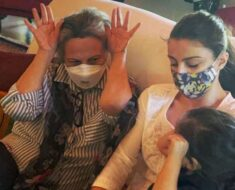 Soha Ali Khan shares picture with daughter Inaaya