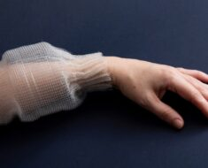 MIT Researchers Create Prgrammable Digital Fibre That Can Be Sewn Into Fabrics